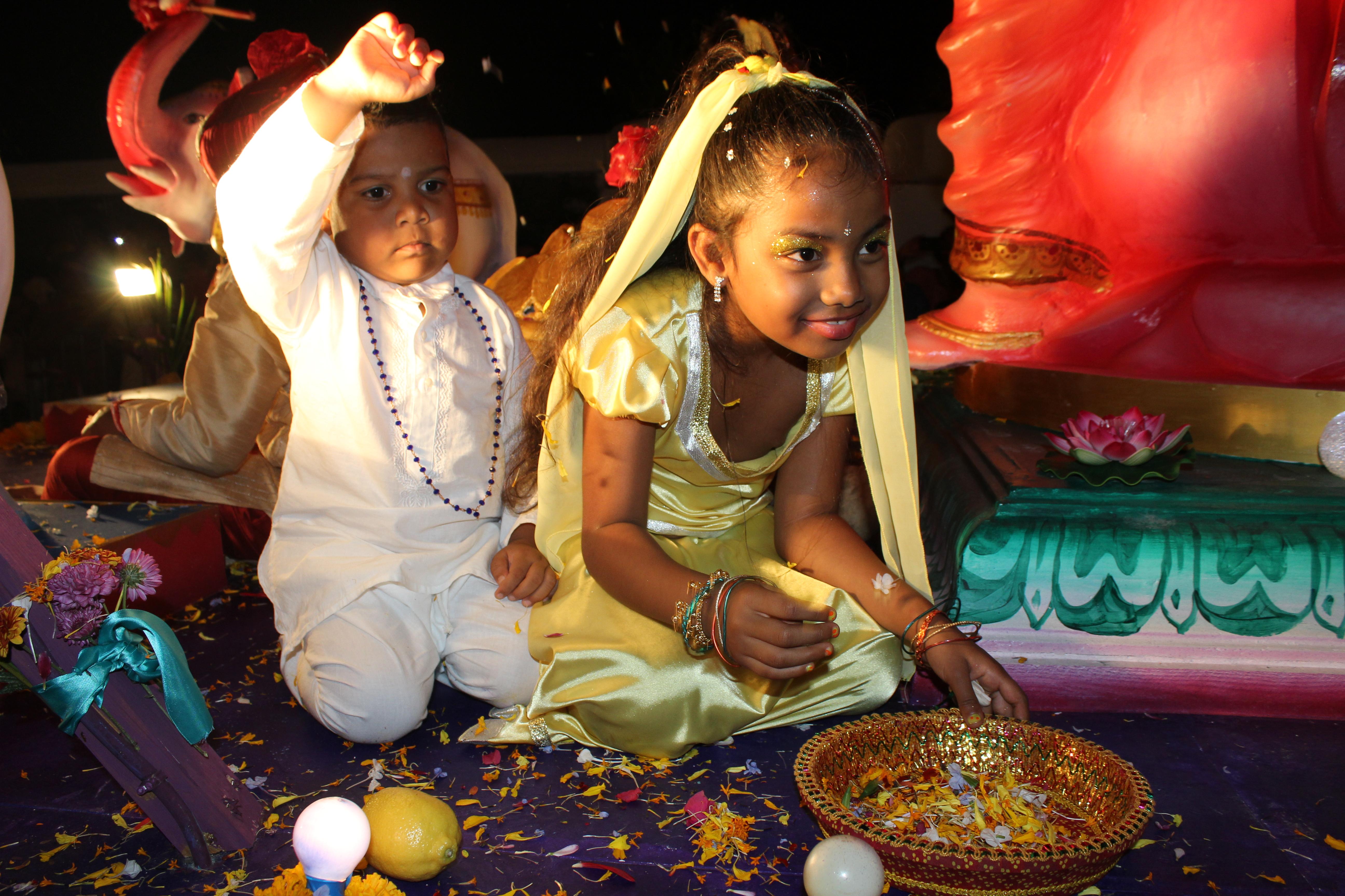 Dipavali et Holi : Saint-André fête la lumière et les couleurs